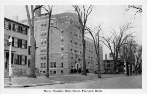 Portland Maine~State Street~Mercy Hospital~Houses Bknd~Bare Trees~1940s News Pc