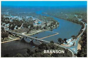 Lake Taneycomo - Branson, Missiouri