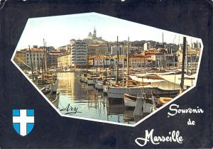 France Marseille Le Port et Notre Dame de la Garde Bateaux