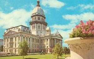 State Capitol, Springfield, Illinois unused Postcard