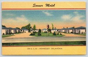 Hennessey Oklahoma~Sooner Motel~Large Courtyard~US81~1940s Roadside