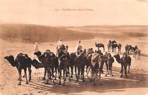 Egypt, Egypte, Africa Une Caravane dans le Desert  Une Caravane dans le Desert
