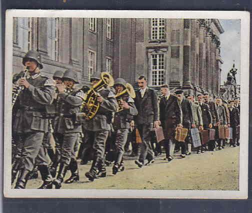 GERMANY TOBACCO CARD WWI 6x5 cms. MILITAR BAND AAD5147