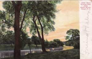 FARGO , North Dakota , 1909; River Looking East from Water Works