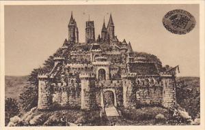 France Montlhery Chateau-Fort reconstitue par Roddiggiero peintre