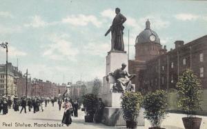 Peel Statue Manchester Lancashire Vintage Postcard
