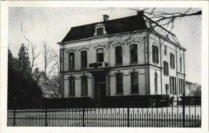 CPA AK Brummen Gemeentehuis NETHERLANDS (713517)