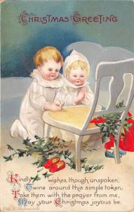 Ellen H Clapsaddle Christmas~Little Children Kneel for Prayer~Holly Berry~Emboss