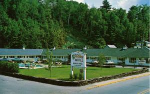 VT - St Johnsbury. Holiday Motel