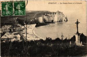 CPA ETRETAT-La Falaise d'Aval et le Calvaire (269848)