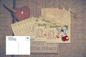 Valentine's Day Card Set of 6, Little Boy in Heart gives this Postcard, Romance