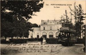 CPA FONTAINEBLEAU AVON La Gare. (509777)