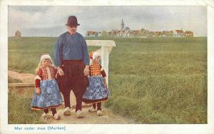 Netherland Dutch Folk Costumes Children Girls - Met vader mee (Marken)