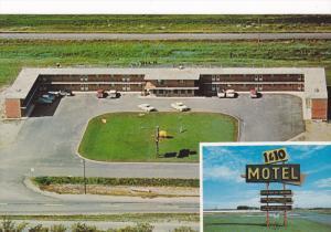 1 & 10 Motel , BRANDON , Manitoba , Canada , 50-60s