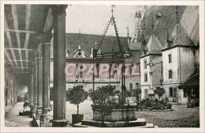 Postcard Modern Beaune Cote d Or Court of God and Hotel Gallery