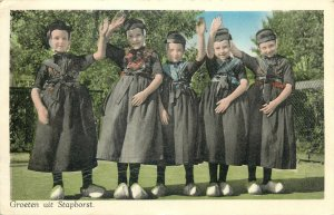 Postcard Groeten uit Staphorst Dutch ethnic types folk outfits
