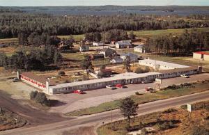 Hi-Way Motel, Ignace, Ontario, Canada, 40-60s