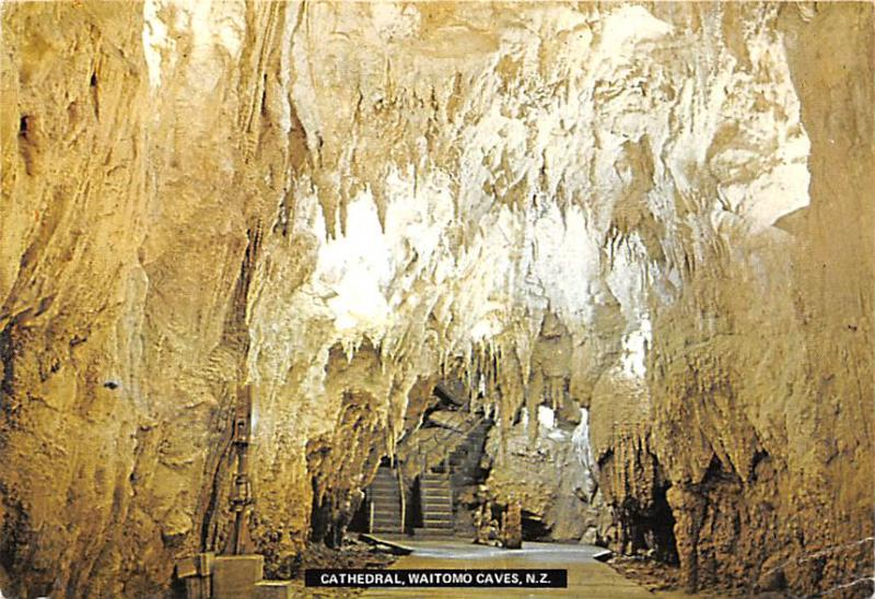 New Zealand Old Vintage Antique Post Card Cathedral Waitomo Caves Postal Used...