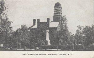 GRAFTON , North Dakota , 1907s ; Court House & Soldier's Monument