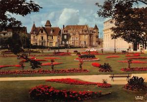 BR54509 LE jardin du casino Cabourg france