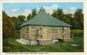 MI - Mackinac Island. Fort Holmes, Old Block House