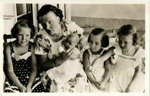 CPA AK La Famille Royale DUTCH ROYALTY (842192)