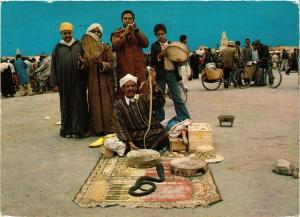 CPM MAROC-Marrakech-Charmeurs de Seprents (328862)