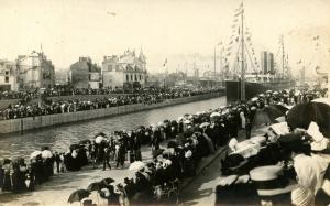 France - St Nazaire, 1907. At the Docks.   *RPPC          ***GREAT PICTURE***