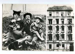 136590 FUCIK Czechoslovakian Communist journalist & parents