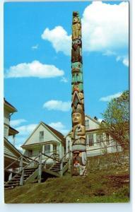 *Giant Frog Totem Pole Downtown Juneau Alaska Vintage Postcard B74