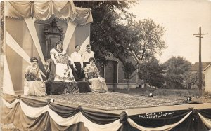 KB9/ Chillicothe Ohio RPPC Postcard c1910 Fall Festival Queen Float Parade