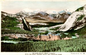 Postcard RPPC BANFF SPRINGS HOTEL Bow Valley Alberta Canada hand colored hf914