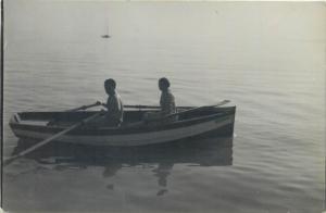 Photo postcard Romania Amateur Laborator Foto Elite Zalau couple boat snapshot