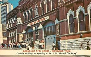 Nashville Tennessee~Grand Ole Opry House~Folks in Line~1960s Postcard