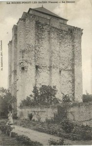 CPA La Roche Posay les Bains - Le Donjon (111648)