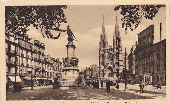 France Marseilles Le Monument des Mobiles et l'eglise des Reformes