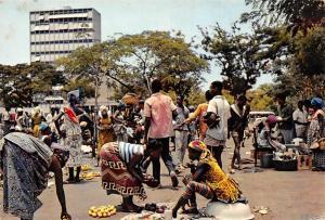 Ivory Coast, Rep de la Cote d'Ivoire, Abidjan, Le Marche, Market, Commerce 1971