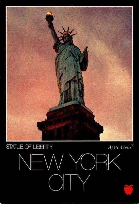 New York City Statue Of Liberty 1986