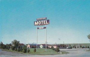 MEDICINE HAT , Alberta , Canada , 50-60s ; The Frontier Motel