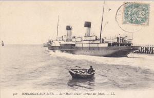BOULOGNE-SUR-MER, Le Mabel Grace sortant des Jetees, France, PU-1906