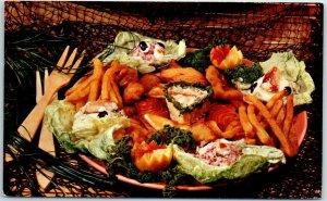 Santa Cruz, California Postcard IDEAL FISH RESTAURANT Seafood Roadside c1960s
