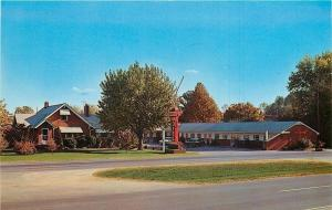LaFollette Tennessee~Tennessee Motel~Street View~AAA~H.G. Bartley~1960s Postcard