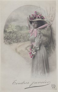 RP: Woman in a flower hat , 00-10s