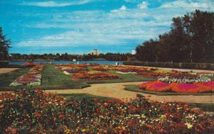 Garden , Legislative Bldg , REGINA , Saskatchewan, Canada , 50-60s