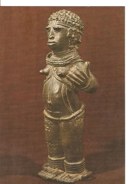 Postal 022141 : Benin, bronze figure of a woman with right hand broken off