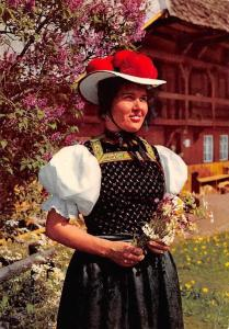 Schwarzwald Gutacher Tracht Woman in Traditional Costume Haus House
