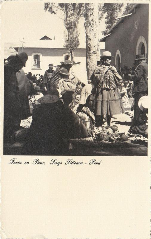 RP: Feria en Puno, Lago Titicaca , Peru , 1910s-30s ; Native Market