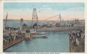 BATH , Maine, 1933 , Launching a Torpedo Boat Destroyer