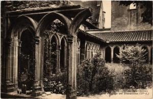 CPA CHARLIEU - Chavanne l'Abbaye des Bénédictins (XV s.) (459995)