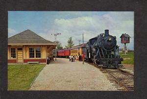 WI Railroad Train Engine Locomotive Green Bay Wisconsin Postcard Station Depot